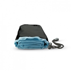 Sport towel in nylon pouch