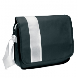Document bag in non-woven
