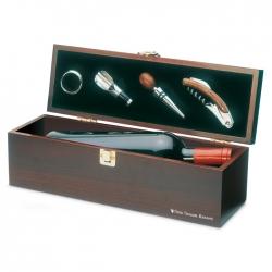 Wine set in wine box