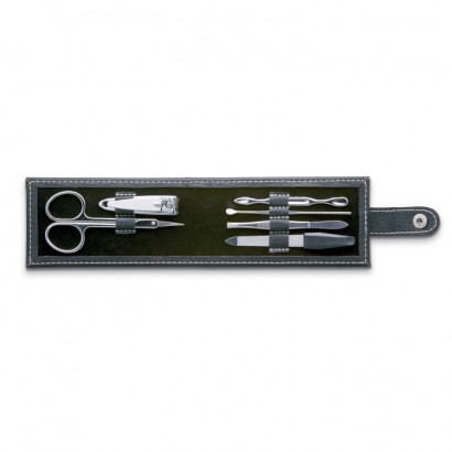 6-tool manicure set in pouch